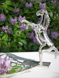 Pferd-Figur Akira
